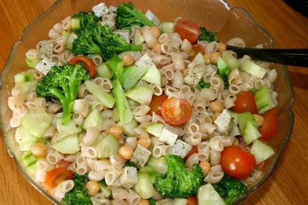 Pastasallad med broccoli Vego Eco